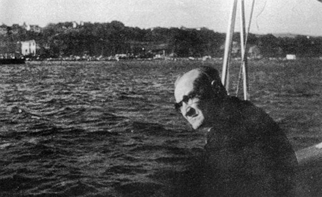 Atatürk öngördü, Boğazlar 'Türk' oldu