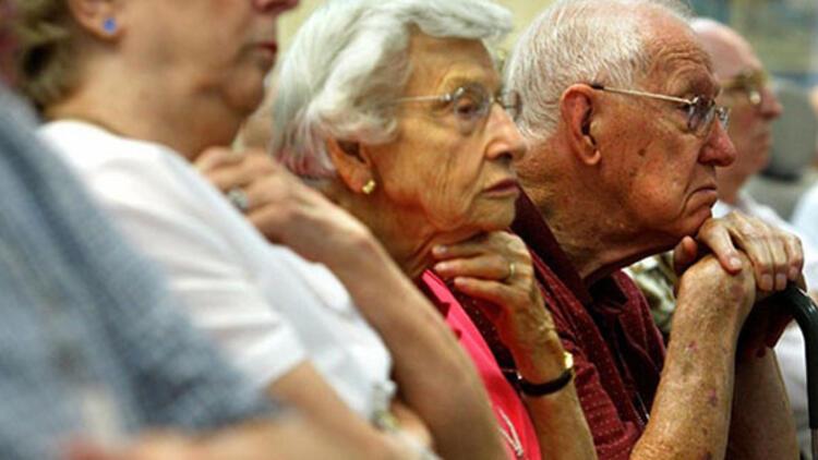 Kamuda 60 yaş üzeri ve kronik rahatsızlığı olanlara ilişkin kritik karar!