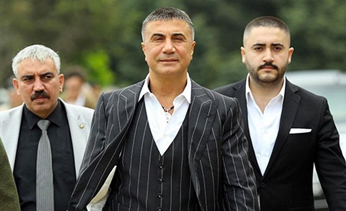 """Sedat Peker'i kim koruyor, kim konuşturuyor?"""""""