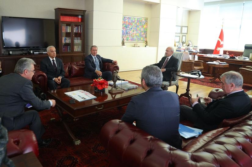 Akar'dan Kılıçdaroğlu'na ziyaret
